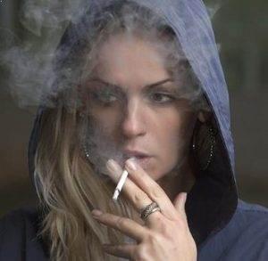 Sigara ve alkol kullananların, bunları hiç kullanmayanlara göre ağız kanseri yaşama ihtimali 15 kat daha fazladır.