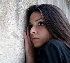 Paranoid psikozu şizofreniden ayıran özellikler nelerdir ?