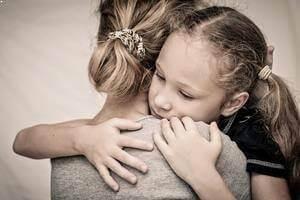 Okul Fobisi Yaşayan Çocukların Aileleri Nasıl Davranmalıdır