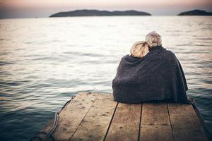 İlk Aşk ve Sosyal Yaşam