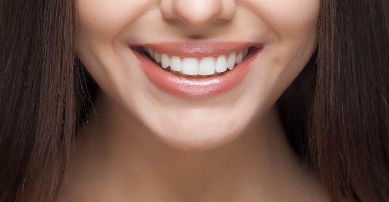 Dişleri Beyazlatmak İçin Diş Fırçasını Düzenli Olarak Kullanmak Yeterli mi