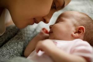 bebeklerle konuşmak