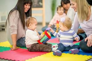 doğum sonrası annelerin sosyalliği